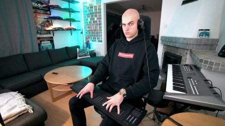 Шведский музыкант получил первую в своем роде награду от YouTube за самый популярный комментарий. Его запись набрала свыше миллиона лайков