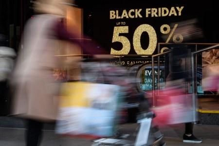В «Чёрную пятницу» американцы оставили на онлайн-продажах рекордные $7,4 млрд, $2,9 млрд из которых – покупки со смартфонов - ITC.ua