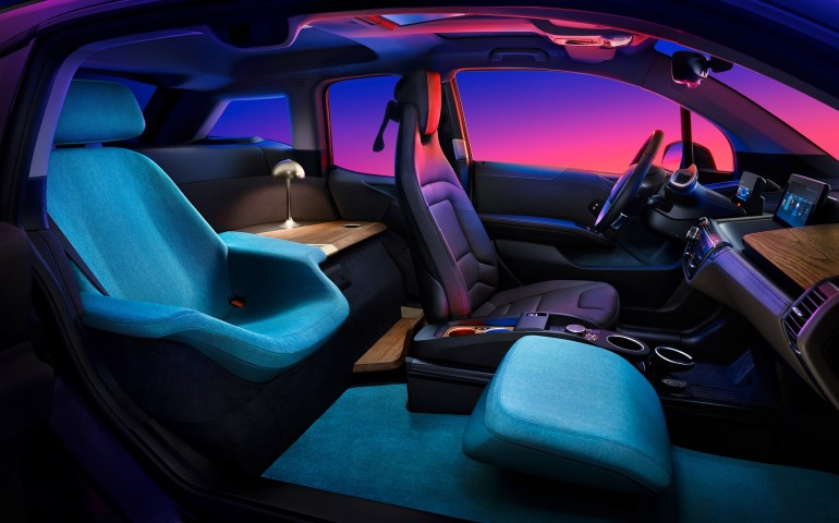 Немцы привезут на CES 2020 концепт электромобиля BMW i3 Urban Suite с салоном повышенного комфорта для единственного пассажира