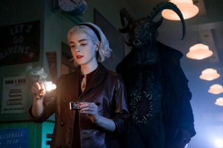 Третий сезон мистического сериала Chilling Adventures of Sabrina / «Леденящие душу приключения Сабрины» от Netflix стартует 24 января 2020 года