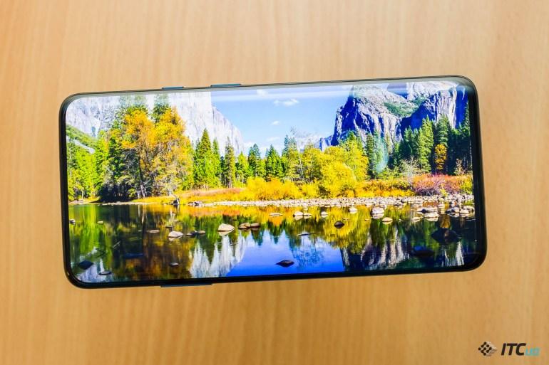 Обзор смартфона OnePlus 7T Pro