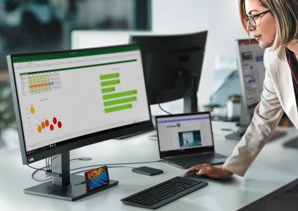 Lenovo привезла на CES 2020 новинки серии Think: моноблок, мониторы, ноутбуки и беспроводную клавиатуру