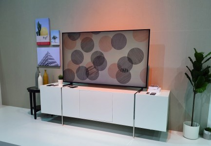 Пользователи жалуются на блокировку Smart TV в телевизорах Samsung. В компании объясняют это региональными ограничениями