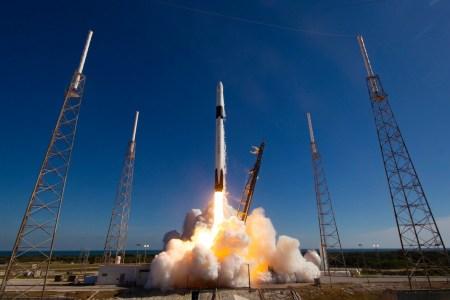 Космический райдшеринг. SpaceX запустила онлайн-сервис покупки мест на ракетах Falcon 9