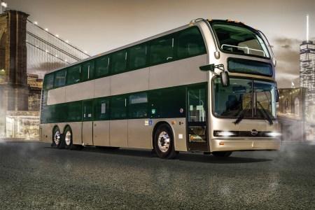 Китайский автопроизводитель BYD показал свой самый большой и вместительный двухэтажный электробус