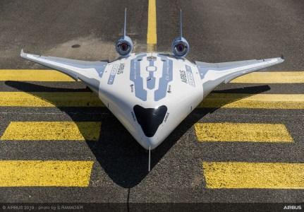 Airbus показал модель нового пассажирского самолета, похожего на корабли из Star Wars