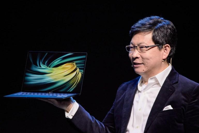 Huawei показала новые флагманские девайсы — улучшенный складной смартфон Mate Xs за €2500, планшет MatePad Pro — от €550, и ноутбук MateBook X Pro — минимум €1499