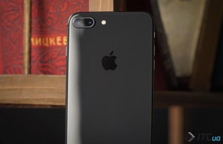 Вместе с 4,7-дюймовым iPhone 9 ожидается и 5,5-дюймовая модель iPhone 9 Plus