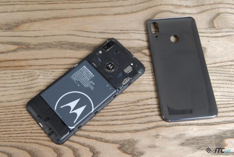 Обзор Moto E6 Plus - бюджетная Motorola