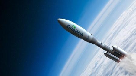 Главный конкурент SpaceX Starlink — компания OneWeb — объявила о банкротстве