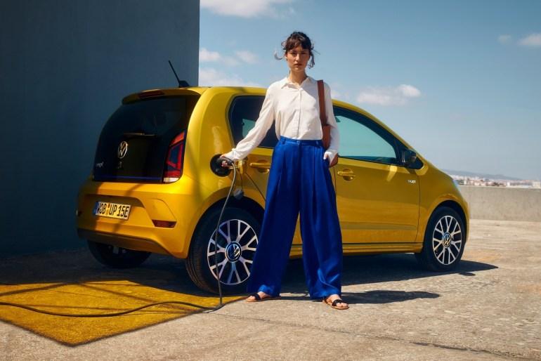 """Volkswagen уже работает над """"народными"""" электромобилями ID.1 и ID.2 с батареями 24/36 кВтч, запасом хода до 300 км и ценником до 20 тыс. евро"""