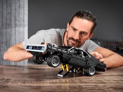 LEGO выпустил набор Technic с масл-каром Dodge Charger Доминика Торетто из первого «Форсажа»