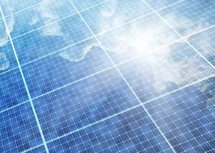 Исследователи создали тонкую и гибкую солнечную ячейку для умных носимых устройств