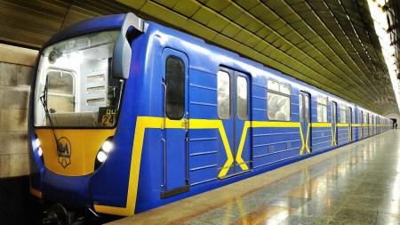 Кличко попросил Кабмин открыть метро с 25 мая