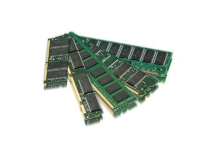 Блогер выяснил, сколько ОЗУ нужно современному ПК (4 ГБ уже мало), и протестировал самый быстрый SSD Liqid Honey Badger со скоростью до 27 ГБ/с