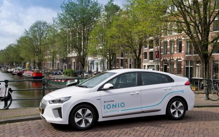 В Нидерландах запустили программу стимулирования покупки электромобилей: скидка €4000 на новый и €2000 на б/у электромобиль стоимостью €12-45 тыс.