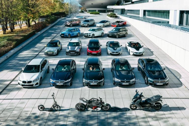 BMW анонсировал появление полностью электрических версий моделей BMW X1, 5 Series и 7 Series, они будут продаваться параллельно с ДВС и гибридами