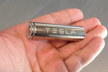 Panasonic объявила о готовности увеличить удельную энергоемкость аккумуляторных элементов для Tesla на 20 % — за пять лет
