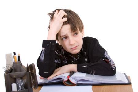 МОЗ утвердил рекомендации для работы учебных заведений с 1 сентября: маски на занятиях необязательны, температурный скрининг учителей, контроль за состоянием здоровья, запрет «шведского стола» и т.д.
