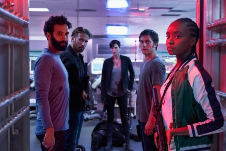 Netflix прогнозирует 72 млн просмотров боевику «Бессмертная гвардия», а исполнительница главной роли Шарлиз Терон серьезно настроена на сиквел