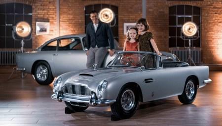 Британцы выпустили «детский» электромобиль Aston Martin DB5 Junior стоимостью от $46,000