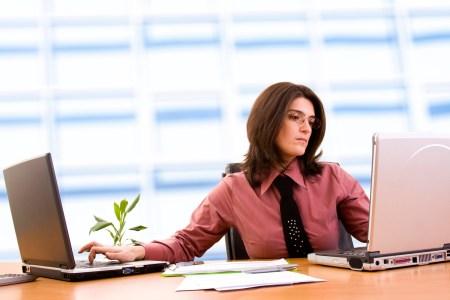 Президент Украины подписал закон №786-IX о функционировании электронного кабинета и упрощении работы ФОП, который отменяет обязательную книгу учета доходов