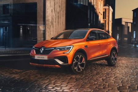 В 2021 году кроссовер Renault Arkana начнут продавать в Европе, но это будет «корейская» сборка с гибридными двигателями и обновленным дизайном
