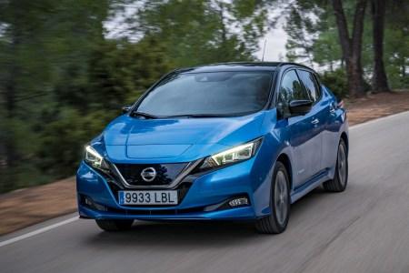 Nissan поставил на рынок 500 тыс. электромобилей Nissan Leaf, юбилейный экземпляр продали в Норвегии
