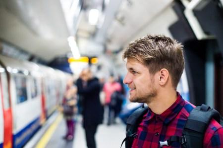 Операторы сотовой связи запустили 4G сразу на 23 станциях киевского метро, теперь покрытие есть на 45 из 46 подземных станций