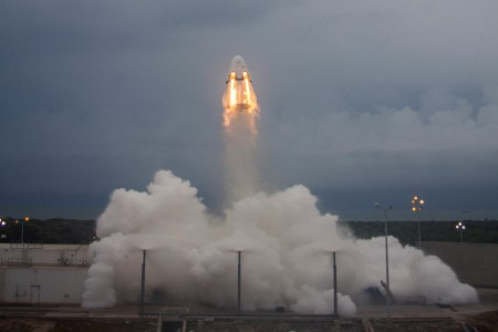 Первый эксплуатационный полет космического корабля Crew Dragon (Crew-1) к МКС назначен на 14 ноября