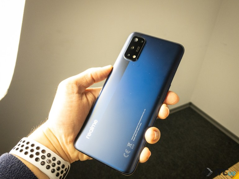 Обзор смартфона realme 7 Pro