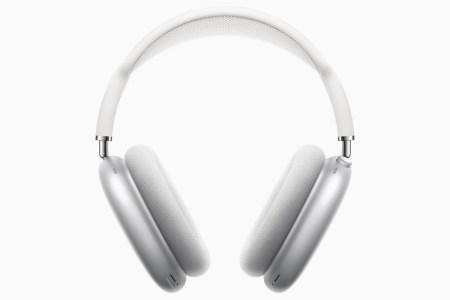 В наушниках Apple AirPods Max при длительном ношении образуется конденсат, который может повредить электронику