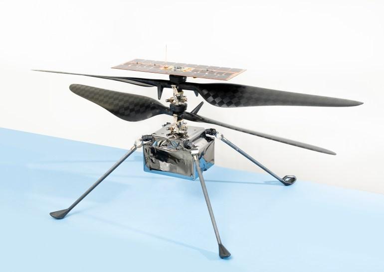 NASA готовится к первому тестовому полёту вертолёта Ingenuity на Марсе