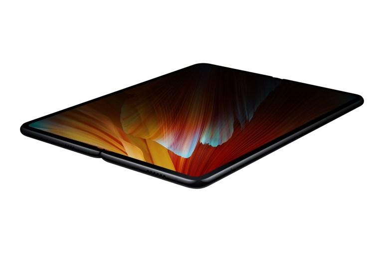 Xiaomi представила Mi Mix Fold — свой первый смартфон со сгибаемым экраном. Он как Galaxy Z Fold2, но почти вдвое дешевле