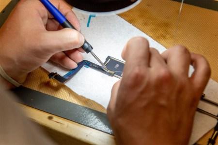 Bloomberg: Apple, Google и Microsoft продолжают войну против закона о «праве на ремонт» гаджетов