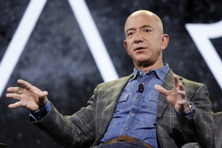 Джефф Безос оставит пост гендиректора Amazon 5 июля — ровно через 27 лет с момента основания компании