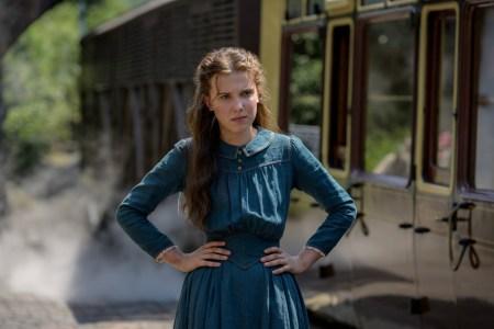Netflix утвердил сиквел детективного экшена «Энола Холмс 2», Генри Кавилл и Милли Бобби Браун вернутся к своим ролям