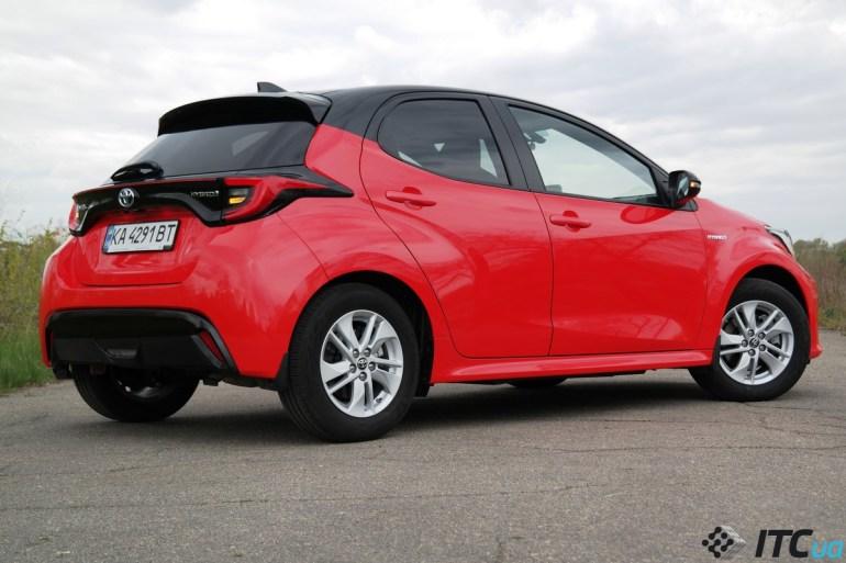 Тест-драйв Toyota Yaris: маленькие большие достижения