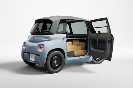 Citroen представил грузовой электромобиль My Ami Cargo с грузоподъемностью 140 кг, запасом хода 75 км и ценником 6500 евро