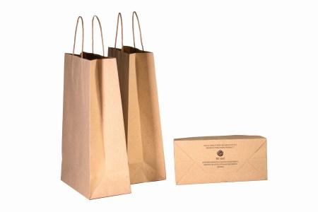 Український стартап RE-leaf запустив онлайн-магазин, де вже можна придбати папір та пакети з опалого листя