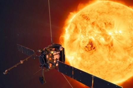 Зонд Solar Orbiter впервые снял выброс корональной массы на Солнце