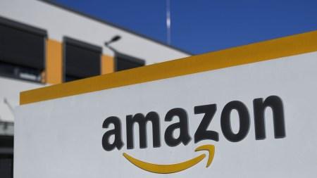 Amazon уничтожает непроданные товары миллионами