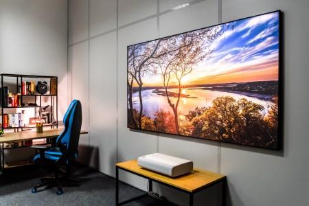 Обзор ультракороткофокусного проектора Samsung The Premiere (LSP9T)