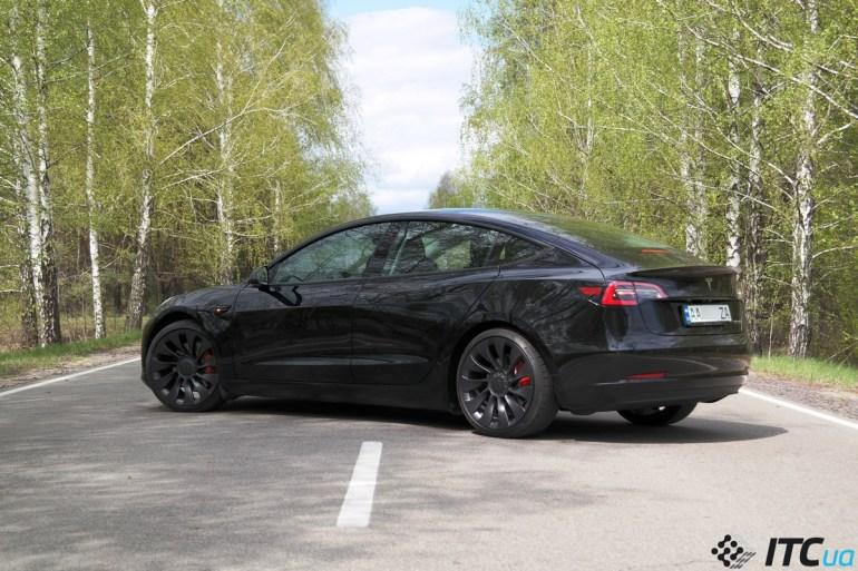 Тест-драйв Tesla Model 3 Performance 2021 (+ мнение владельца)