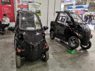 У Києві презентували компактні електромобілі українського виробництва Konyk та Volyk за ціною від 224 тис. грн