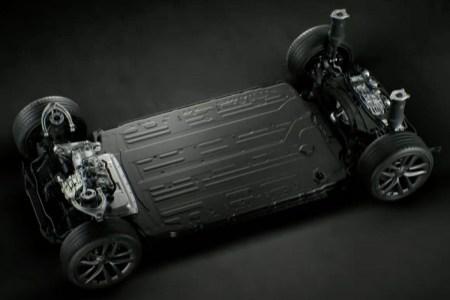 Tesla немного уменьшила емкость батарейного блока новой Model S, но ее запас хода даже выше — благодаря конструктивным оптимизациям и улучшениям