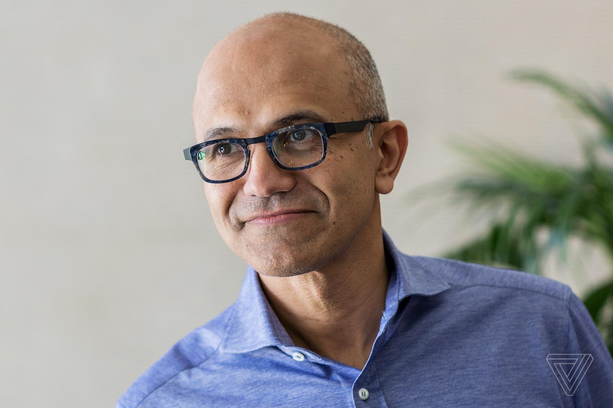 Генеральный директор Microsoft Сатья Наделла теперь одновременно занимает пост председателя совета директоров компании - ITC.ua