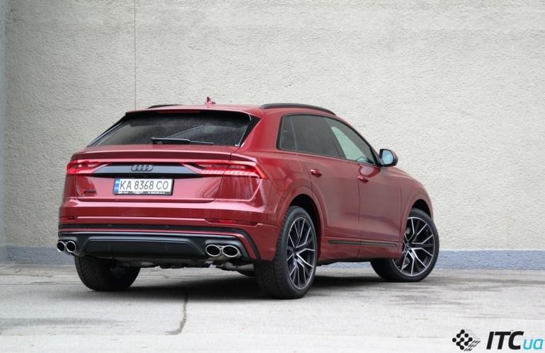 Тест-драйв «заряженного» кроссовера Audi SQ8: все или ничего?