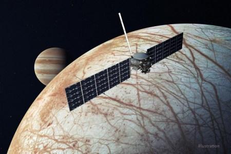NASA решило использовать Falcon Heavy вместо SLS для запуска межпланетной станции Europa Clipper. Это позволит сэкономить $1,5 млрд