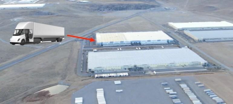 Tesla готова к старту массового производства электрического грузовика Semi